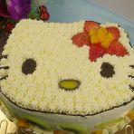 KITTY猫水果奶油蛋糕