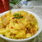 辣白菜葱香炒蛋的做法