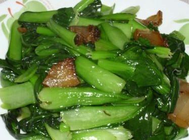 腊肉炒油菜