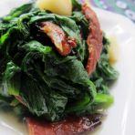 腊肉炒紫角叶