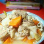莲藕山药煲鸭汤