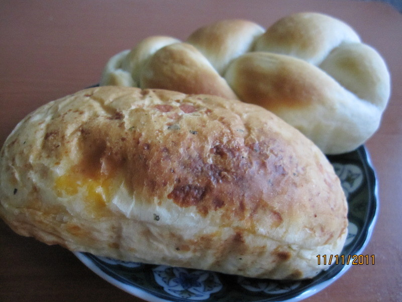罗勒乳酪面包