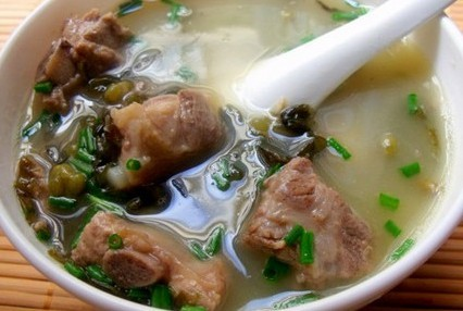 绿豆排骨汤