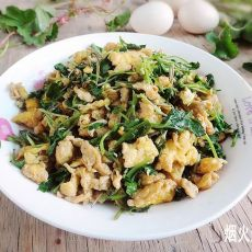 马蹄草炒鸡蛋