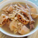 眉豆鸡脚煲莲藕