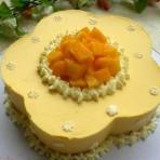 梅花形芒果慕斯蛋糕