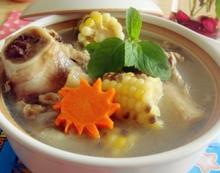 美味猪骨汤的做法