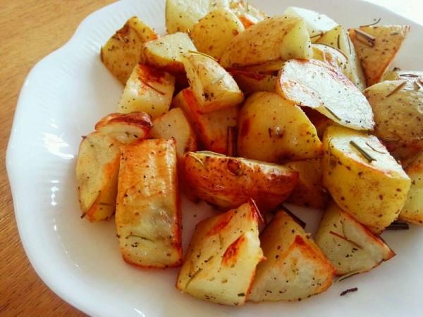 迷迭香柠檬草烤土豆