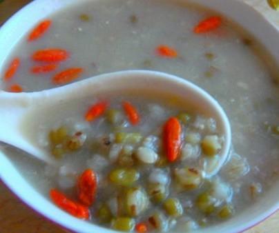 米仁绿豆粥