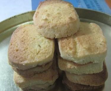 蜜柚皮饼干的做法
