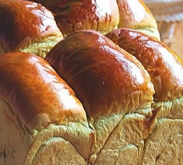 抹茶蜜豆面包