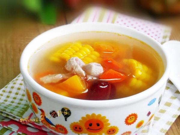 木瓜胡萝卜玉米瘦肉汤