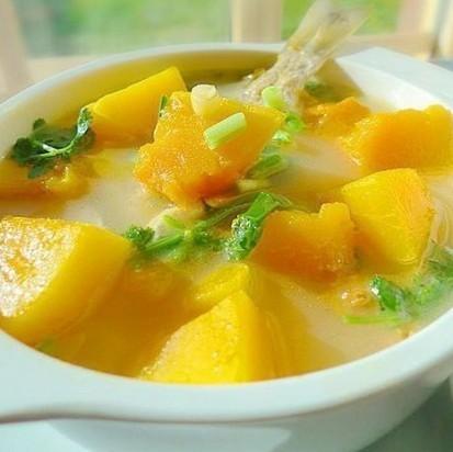 南瓜海鱼汤的做法