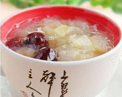 苹果银耳红枣汤的做法