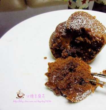 葡萄干巧克力蛋糕