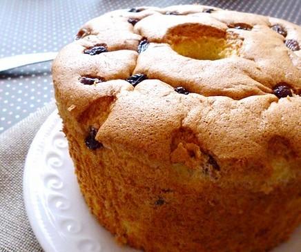 葡萄干戚风蛋糕
