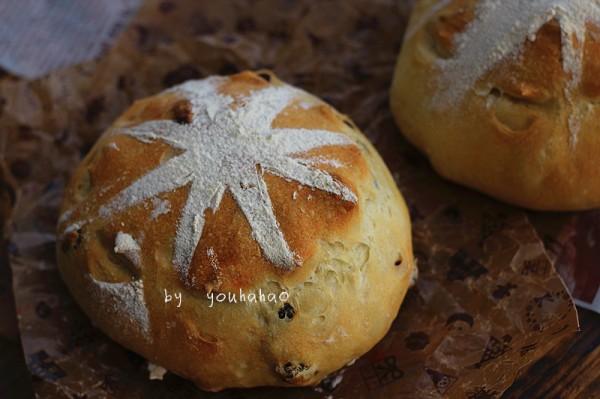 葡萄干软欧面包的做法
