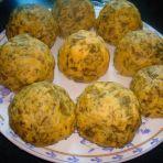 芹菜叶豆面窝头的做法