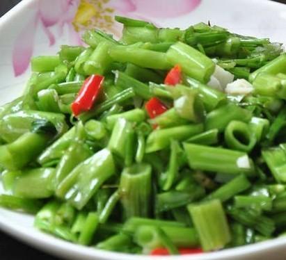 清炒竹叶菜管的做法