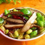 青椒豆尖炒香干的做法