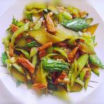 青椒黄瓜炒肉的做法