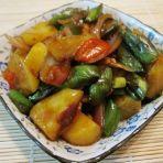 青茄炒土豆的做法