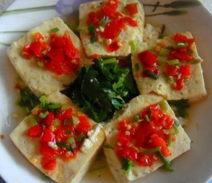清蒸剁椒臭豆腐