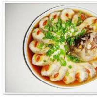 清蒸海鲈鱼