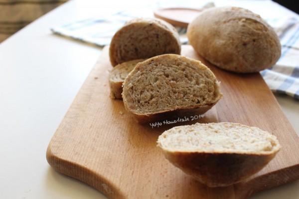 全麦杂粮面包