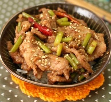 日式烧肉饭