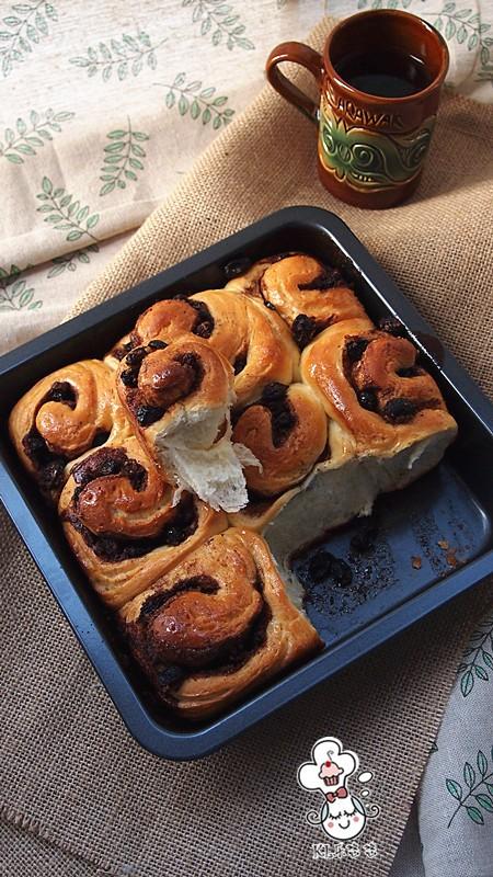 肉桂蓝莓干面包卷