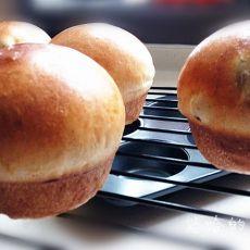 肉桂葡萄干面包