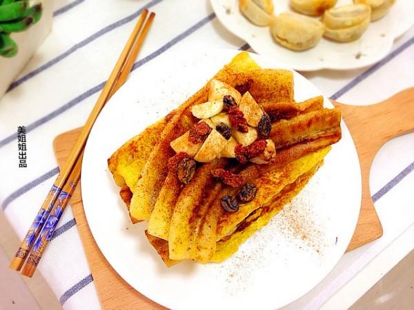 肉桂香蕉配煎蛋面包的做法
