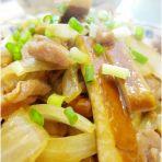 肉片炒洋葱豆干