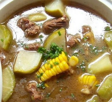 砂锅牛肉浓汤