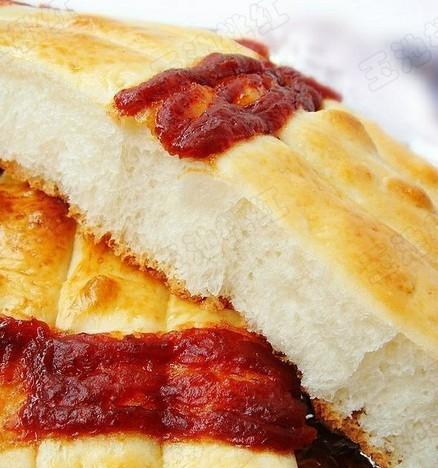 山楂果酱排包的做法