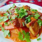 烧肉炒红萝卜