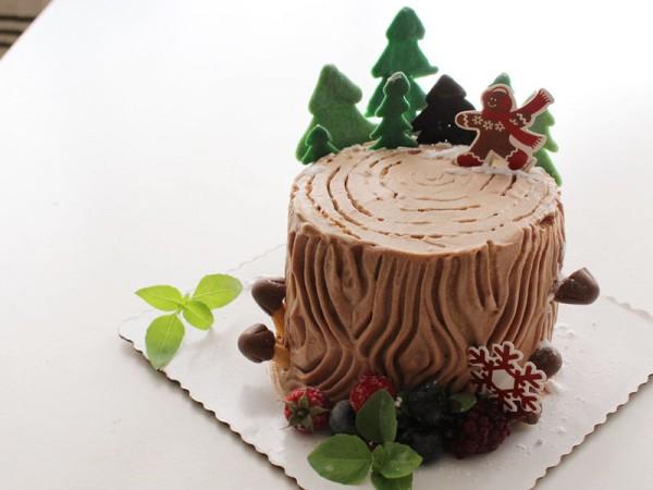 圣诞树墩蛋糕