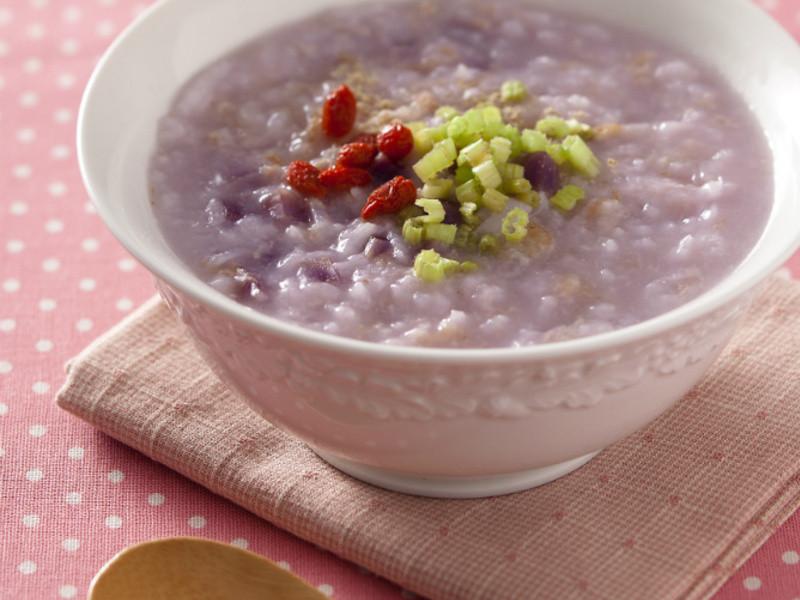 瘦肉紫玉养身粥的做法