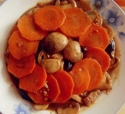 双菇烩胡萝卜