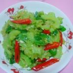 双椒炒凉瓜的做法