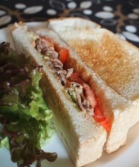 水果肉片三明治