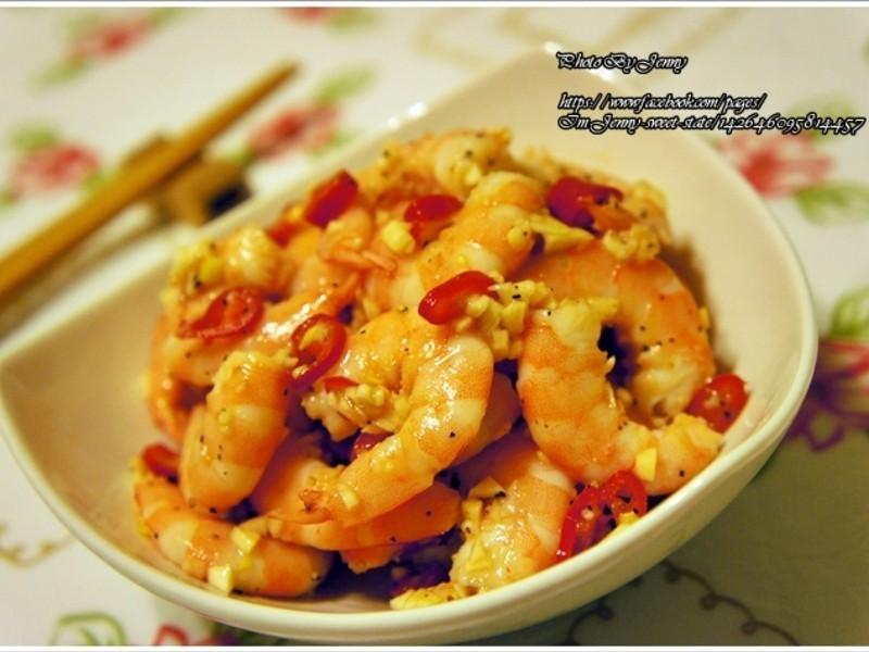 蒜椒拌虾的做法