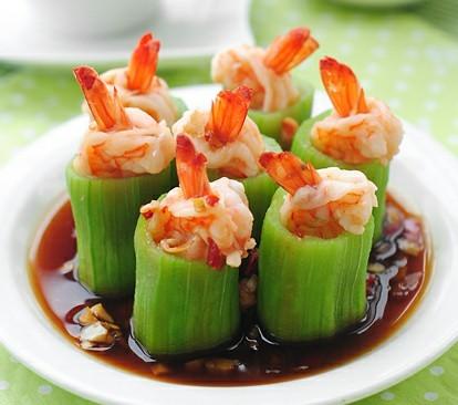 蒜茸丝瓜鲜虾盅