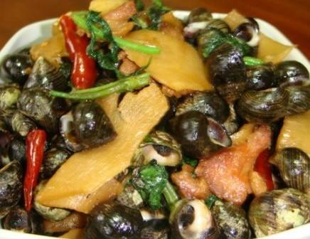 酸笋紫苏炒石螺的做法