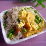 蒜苔鸡蛋炒米饭