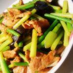 蒜薹香菇炒肉