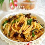 素炒辣白菜煎饼