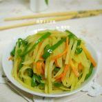 素炒泡萝卜土豆丝的做法