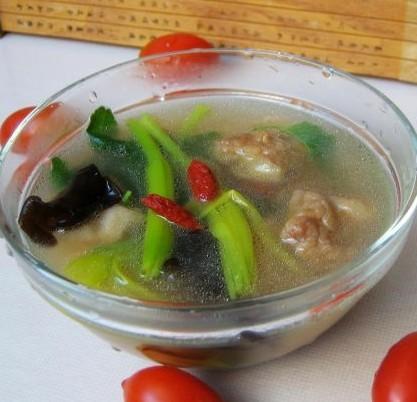 酥肉蔬菜汤